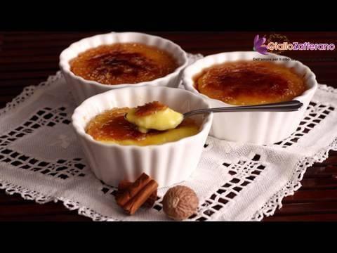 """La """"spagnolissima"""" CREMA CATALANA (Catalan cream) è una ricetta tipica della tradizione della #Catalogna, regione della Spagna nord-orientale, da dove è stata esportata poi nel resto dell'Europa.   Qui la #ricetta: http://ricette.giallozafferano.it/Crema-catalana.html  #GialloZafferano #dolci #Spagna"""