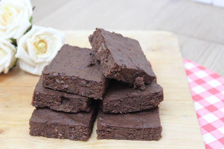 Recept voor zwarte bonen brownie | eethetbeter.nl