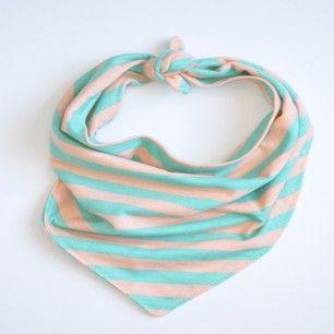 Tied Bandana Bibs- I love this idea! It would be a great DIY.