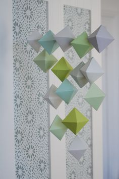 DIY: paper geometric mobile (free printable template)