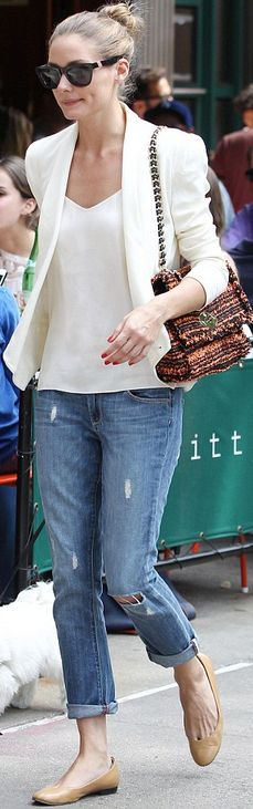 Olivia Palermo: Purse – Mulberry  Jeans – Paige  Shirt – Tibi  Shoes – Andrea Carrano