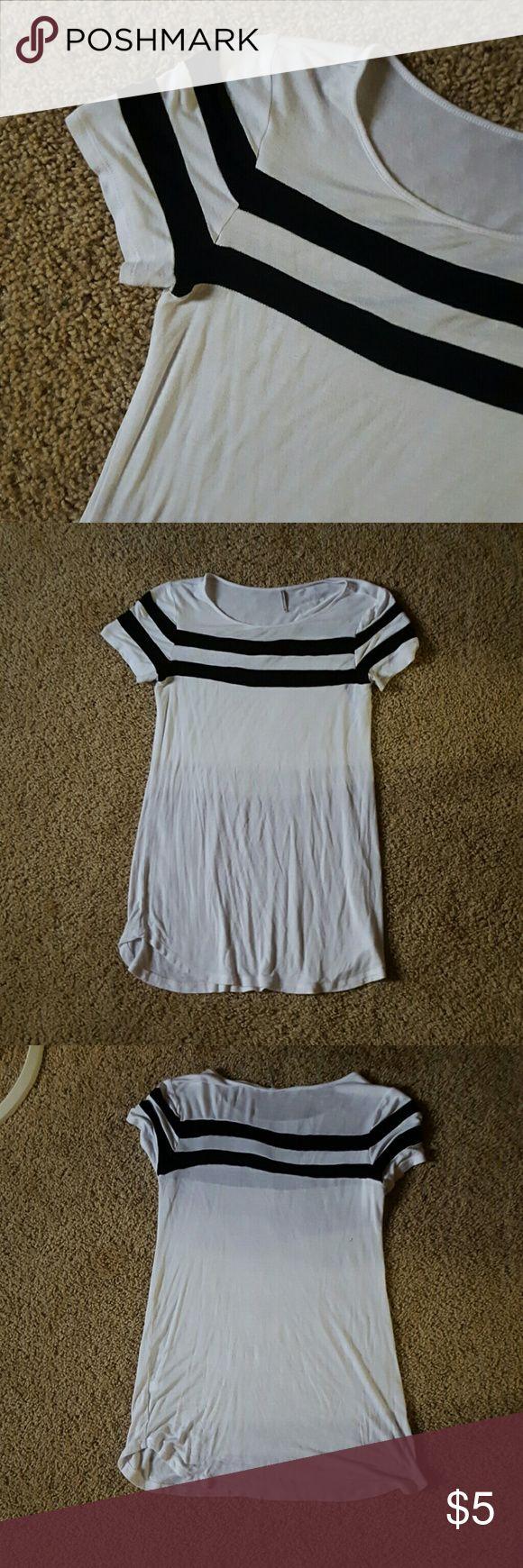 Striped short sleeved top Long striped short sleeved t-shirt tresics Tops Tees - Short Sleeve