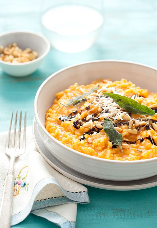 Butternut Squash Risotto with Pine Nuts, Balsamic Drizzle, and Fried Sage: A gorgeous, seasonal vegetarian meal. | loveandoliveoil.com