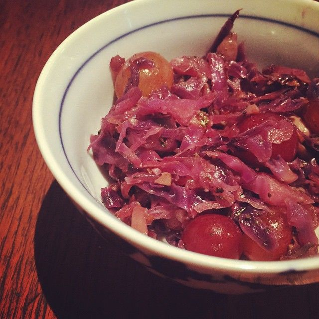 """So bizarre, but so good  Hot red cabbage, onion & mushrooms, with cold grapes. WHAT!  you meat eaters, this would go well with steak. #vegan #dinner…"""