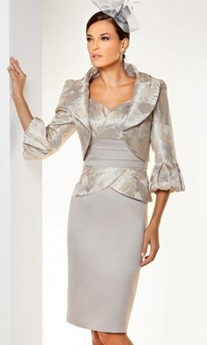 A smart wedding guest outfit by Sonia Pena.