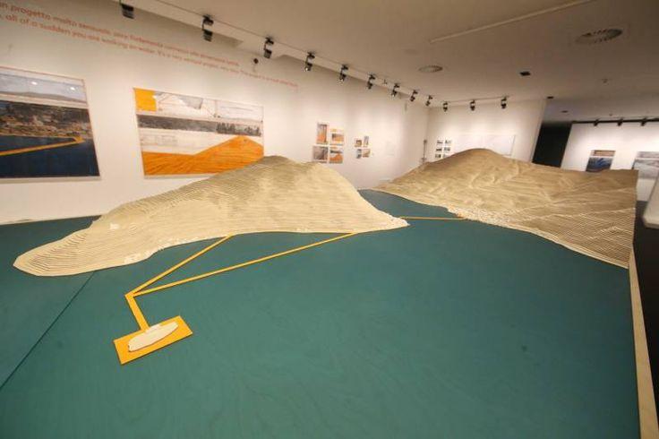 """Santa Giulia, in mostra i """"Water Projects"""" di Christo e Jeanne-Claude"""