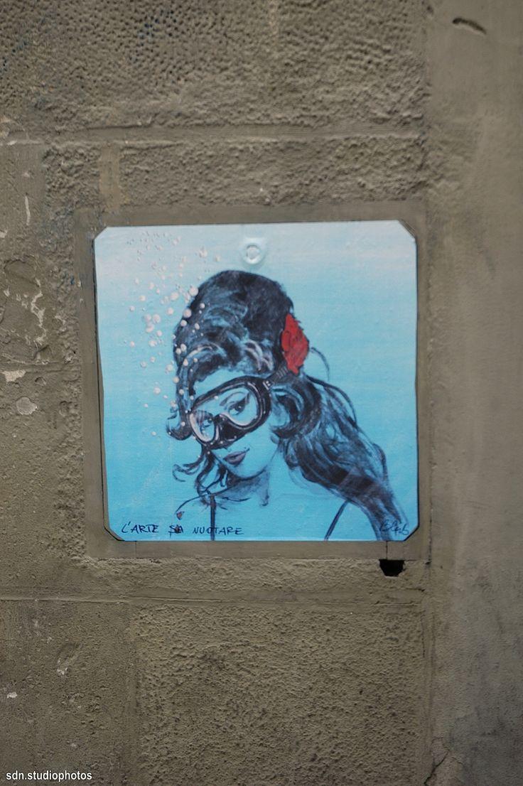 Blub (L'arte sa nuotare), Amy Winehouse. Sdrucciolo de' Pitti, Firenze (Toscana, Italy) - by Silvana, dicembre 2014