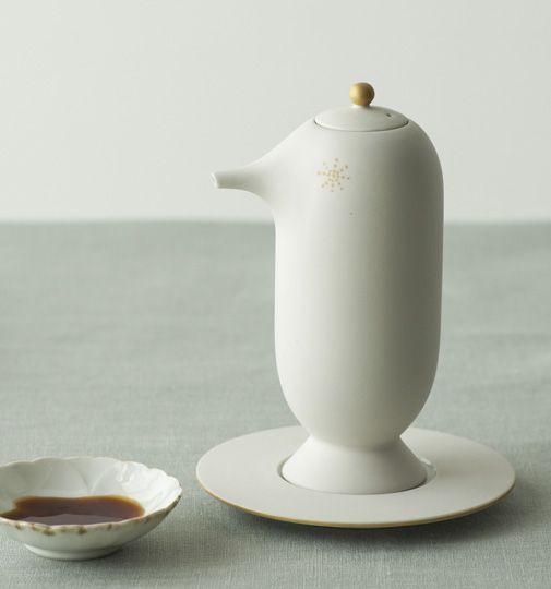 上出長右衛門窯 ハイメ・アジョン デザイン!石川県の工芸品、九谷焼「醤油さし鳥型」