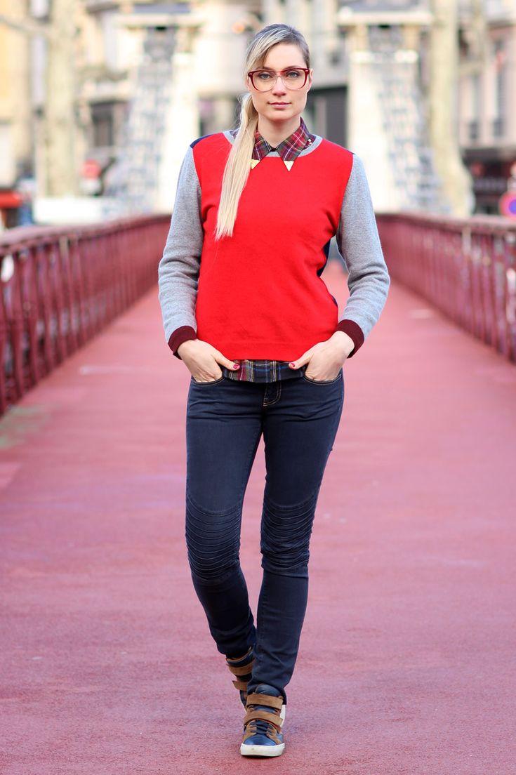 Artlex fashion blogger - Artlex blogueuse mode Lyon / #artlex#streetlook#extension de cheveux#longhair#streetstyle##bridge#fashion#blogger#fashionblog#fashionblogger#outfitoftheday#ootd#blog#mode#lyon#blogueuse#look#style##winter#notify#jeans#sneakers @Soeur
