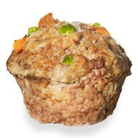 Mighty Muffin Muttloaf (rachaelraymag.com) This is an original twist. I like the look of this #dog #treat. So unusual.