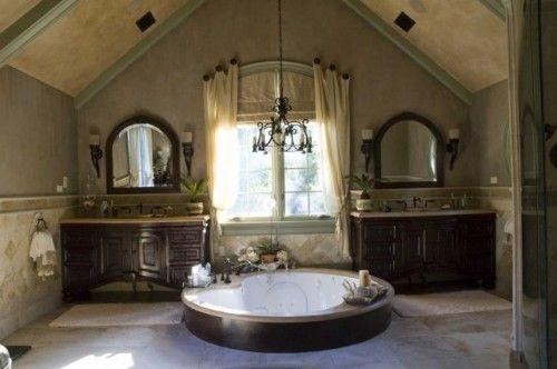 pretty!: Bathroom Design, Sunken Tubs, Dreams Bathroom, Mediterranean Bathroom, Bathroomdesign, Window Treatments, Bathroom Ideas, Attic Bathroom, Master Bathroom