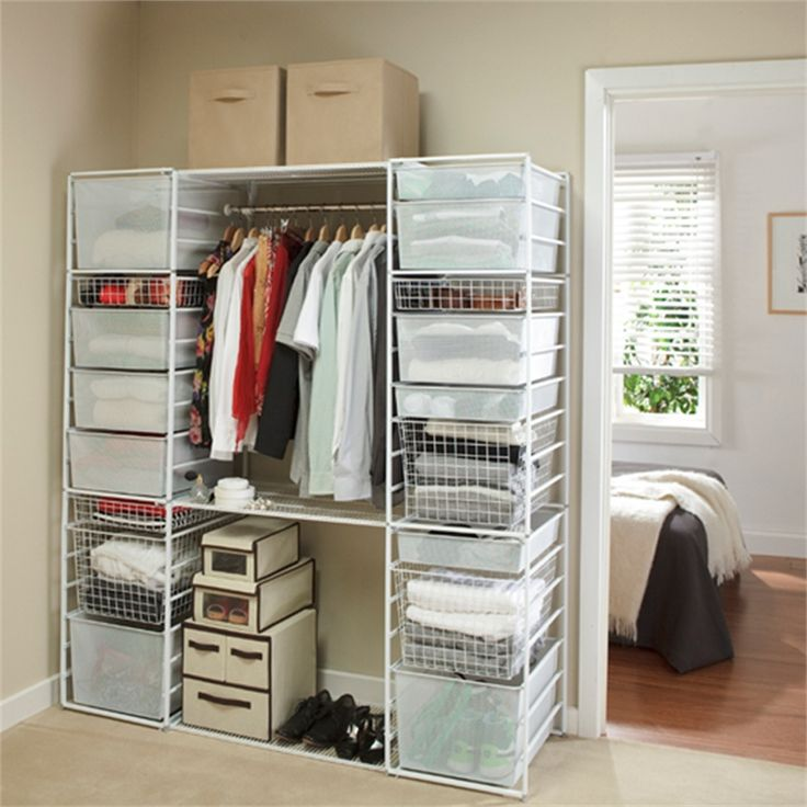 Clever Closet - Walk-In #flexiblesystem #expandspace #storage