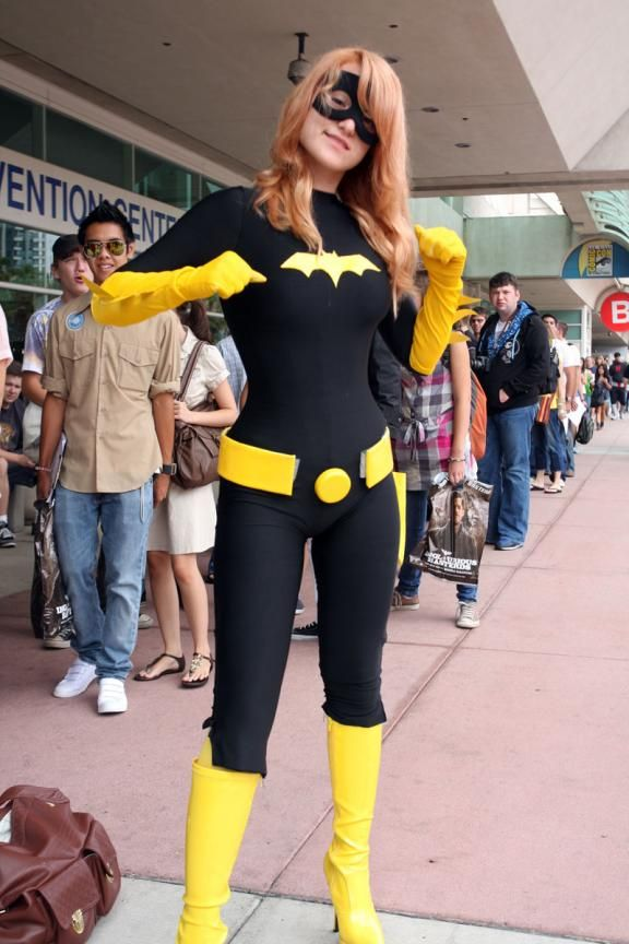 Batgirl - So easy now that I have a spandex unitard! Totally making this for my Halloween costume this year.