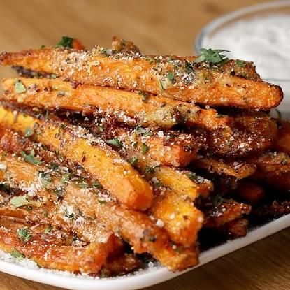 Garlic Parmesan–Baked Carrot Fries