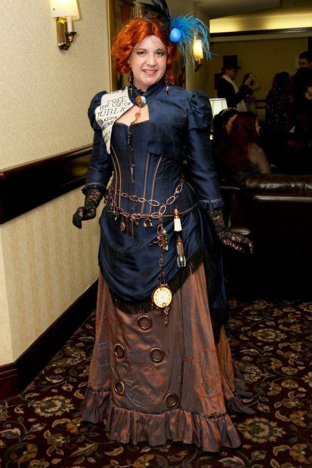 Steampunk TARDIS costume -this is so great!!!!