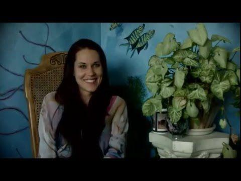 Teal Swan - Jak si přitáhnout partnerský vztah? - YouTube