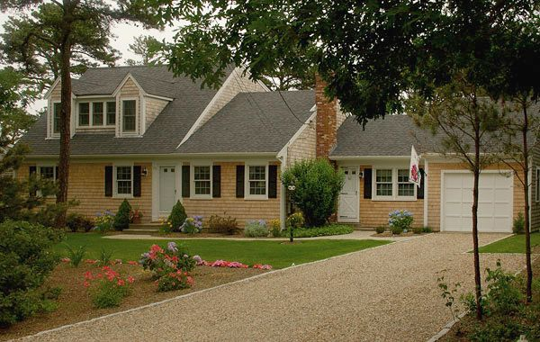 74 best images about cape cod homes on pinterest house for Cape cod second floor addition