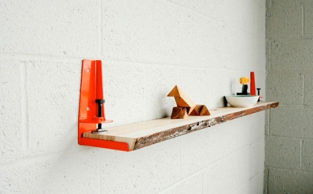 Ben je op zoek naar boekenplank in een moeilijke maat? Met deze Floyd Shelf maak je 'm zelf! Deze klemmen houden iedere plank stevig op z'n plek. Ze werken met materiaal tot vier centimeter dik en dragen maximaal 23 kilogram. Daar passen dus aardig wat boeken of snuisterijen op!  Geknipt als je een industriële […]