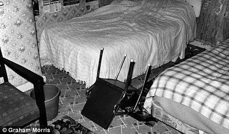 Enfield Poltergeist: The amazing story of the 11-year-old North London ...