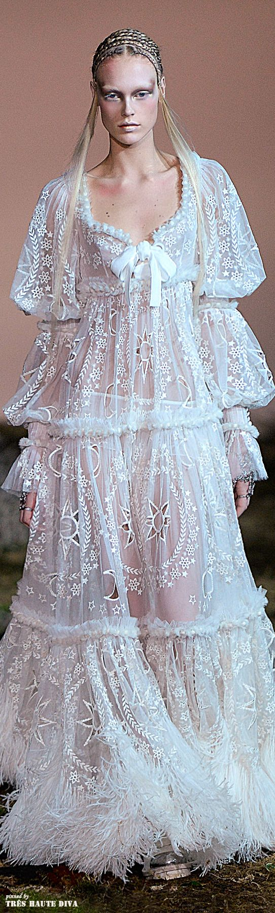 this is going to be my wedding dress #Alexander #McQueen Fall/Winter 2014 RTW #Paris Fashion Week