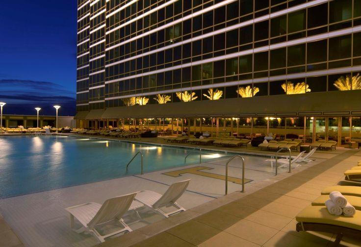 Trump Hotel - Top 20 Las Vegas Resort Pools (part 2)