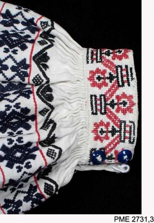 Polish Folk Costumes / Polskie stroje ludowe - Blouse from Włodawa, Poland. From the collections...