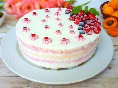 Tort de inghetata cu coacaze rosii, caise si zmeura