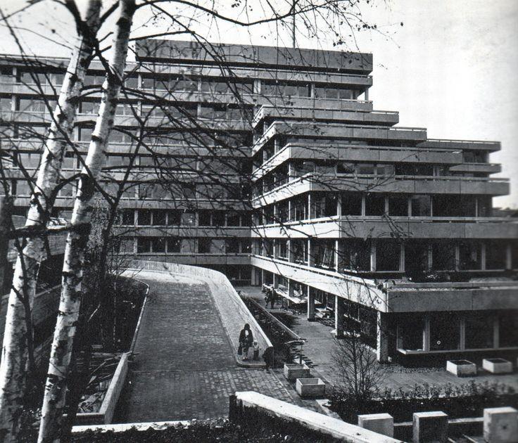Kreishaus Ennepe-Ruhr-Kreis (1973) in Schwelm, Germany, by Laskowski Thenhaus Kafka