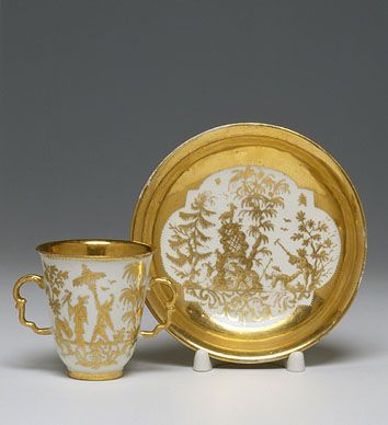 Chocolate Cup and Saucer     1725-1730    Meissen Porcelain