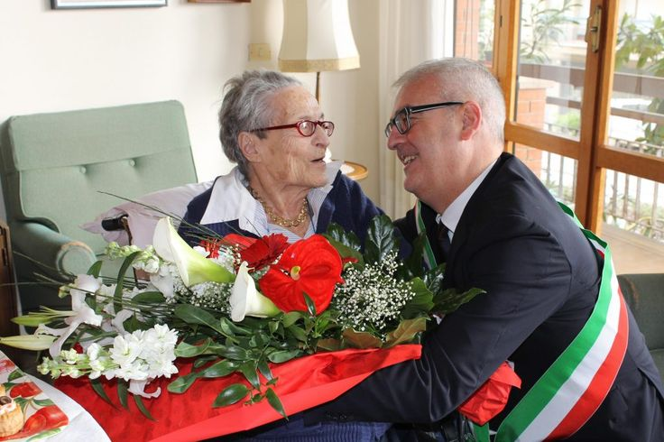 Macerata Augusta Renzetti compie 100 anni