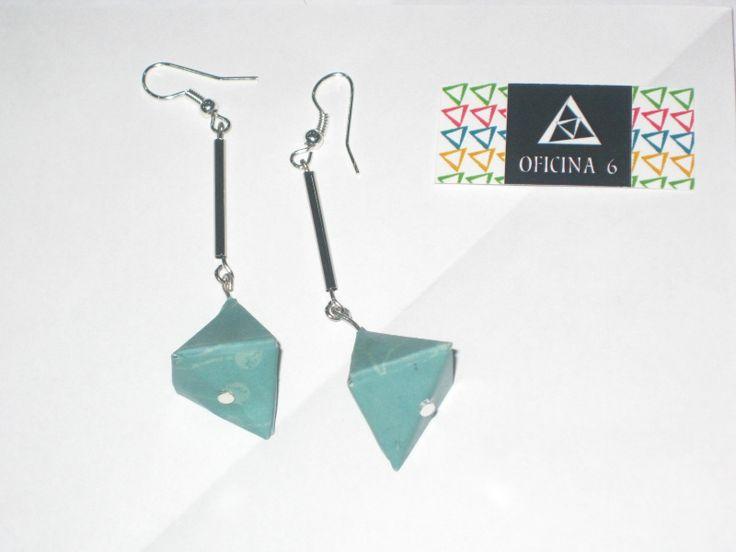 Origami Brincos | Earrings  More info: https://www.facebook.com/oficinaa6shop