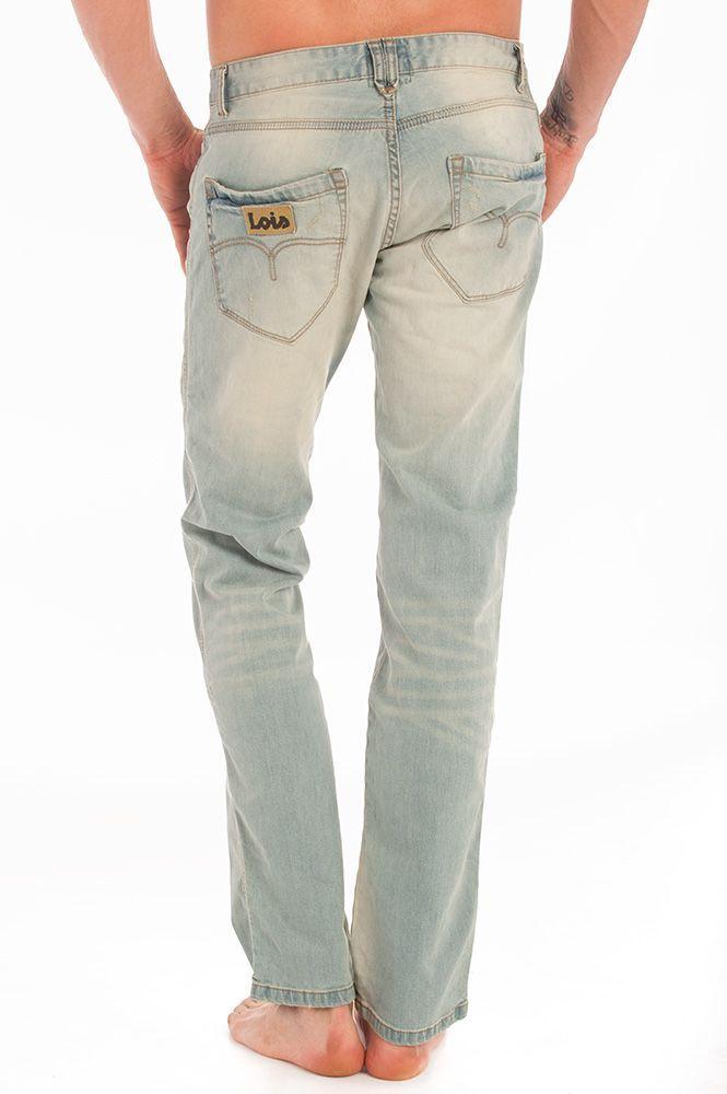 Lois Jeans con tela vaquera desgastada.