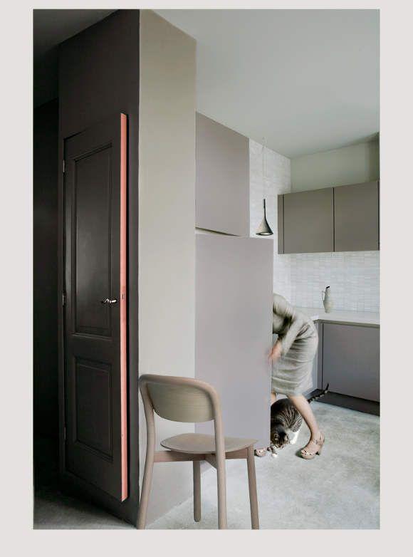 OOOOH, a black door with a pink rimming.    desire to inspire - desiretoinspire.net - MirellaSahetapy