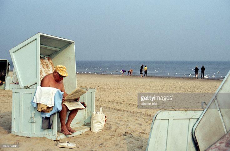 DDR, Sommerurlaub an der Ostsee. 1960