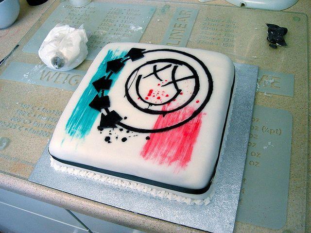 Blink 182 Birthday Cake Step By Step Blink 182