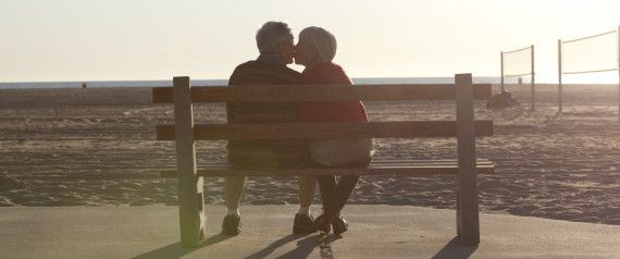 OLDER COUPLE LOVE