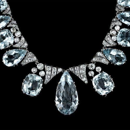 Aquamarine & diamond necklace....