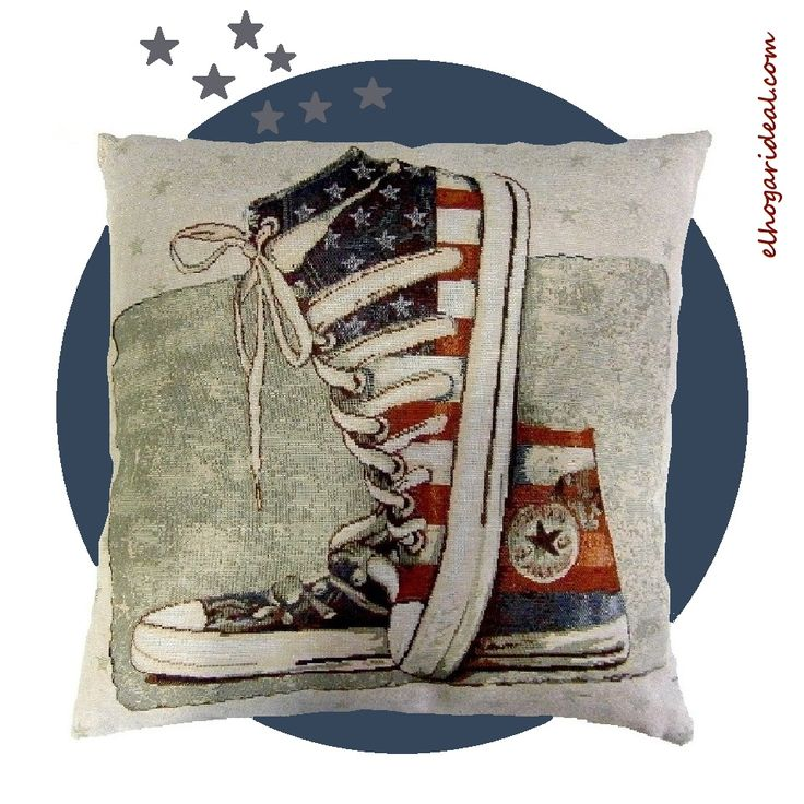 Estas viejas zapatillas Converse ilustran nuestro cojín. De animado colorido, es perfecto para tu sofá o tu cama. http://elhogarideal.com/es/cojines-ideal-/616-cojin-converse-retro-40x40.html#.VgogA3rtmko