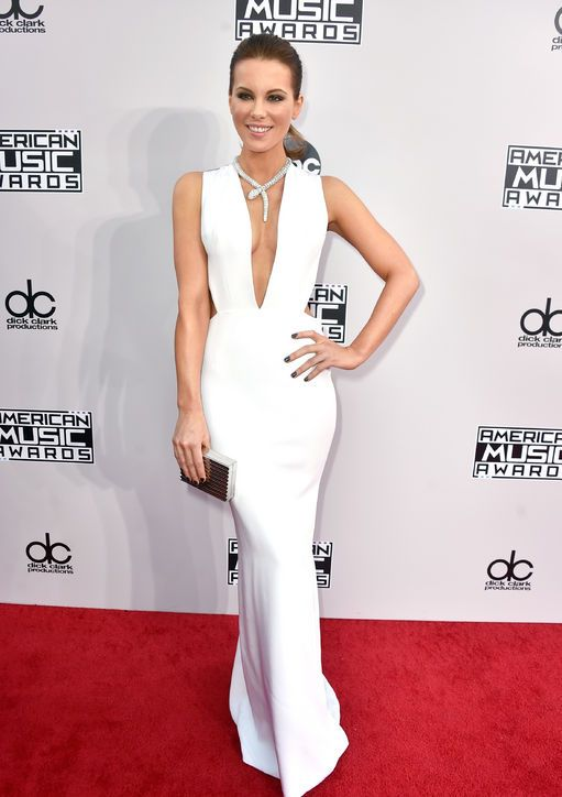 Looks by American Music Awards 2014