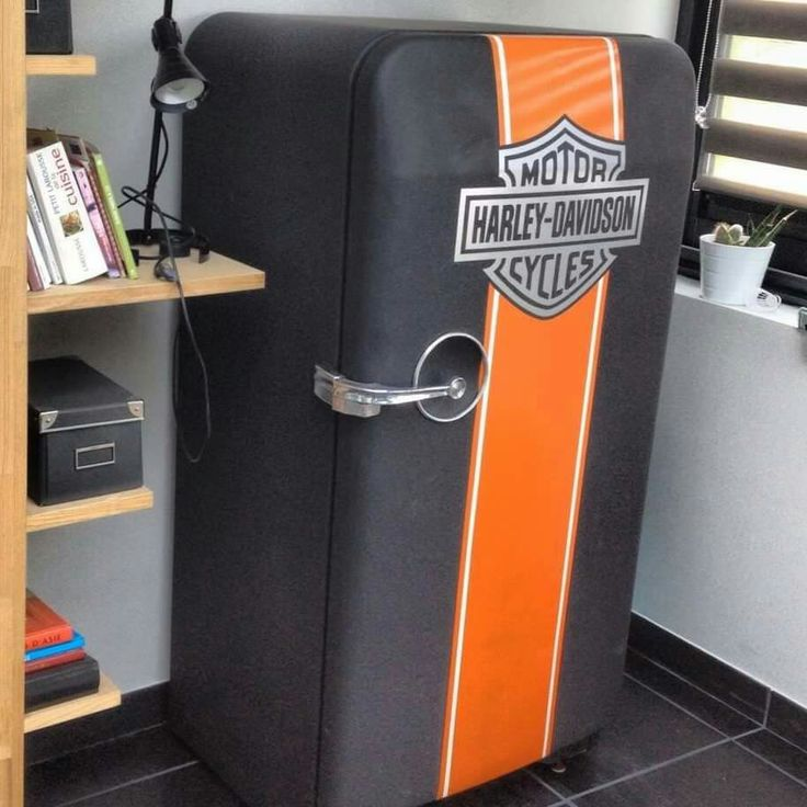 Frigo ancien frigidaire vintage fridge harley davidson for Decoration porte frigidaire