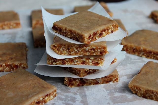 raw ginger and cashew slice