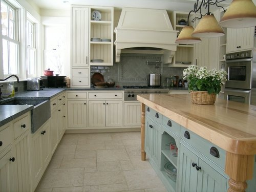 Kitchen Island Beadboard White Beaded Shaker Cabinet Doors | Kitchens | New England