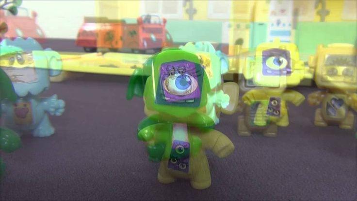 Peppa Pig en français. Robots aident Peppa Pig a nettoyer la maison. Pep...