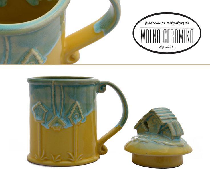 Mug with lid.