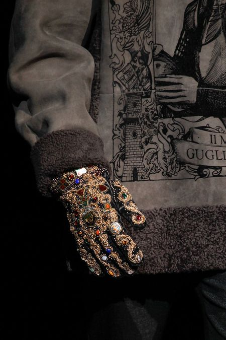 Dolce & Gabbana details | Fall 2014 Menswear Collection   The detail on this glove is exquisite! the gold embroidered pattern with jewels sewed into the pattern has a extremely royal and medieval theme. Could be inspired by many popular movies and series based on History