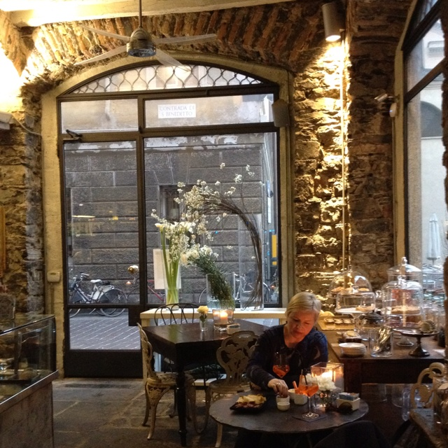 Restaurant ambroflora lake como italy lake como tips for Restaurant italien 95
