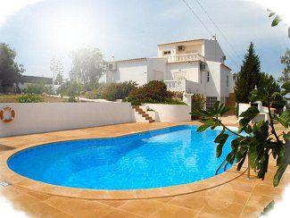 Large holiday villa, Algarve, Portugal. P681 £1950