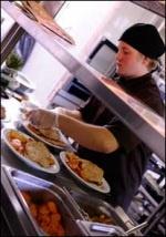 Opiskele kokiksi tai tarjoilijaksi alan parhaiden osaajien parissa. Sataedun hotelli-, ravintola- ja cateringalan opiskelijat ovat menestyneet myös valtakunnallisissa taidonnäyte kisoissa.