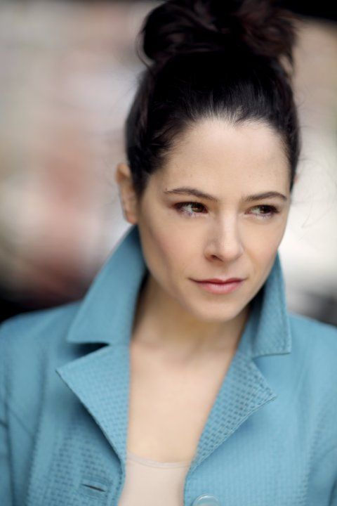 Pictures & Photos of Elaine Cassidy - IMDb