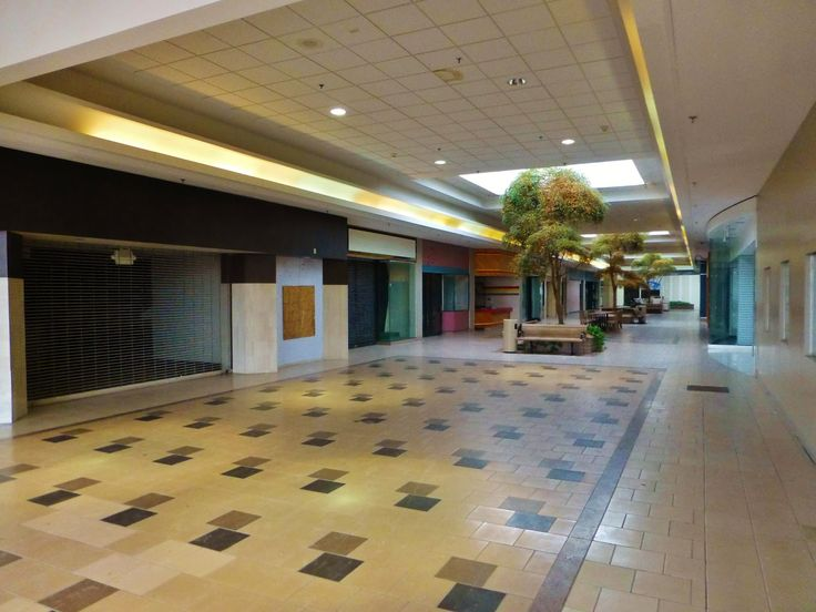 Lima Ohio Mall >> Dead and Dying retail: Mellett Mall / Canton Centre in Canton, Ohio | Calling all Malls ...